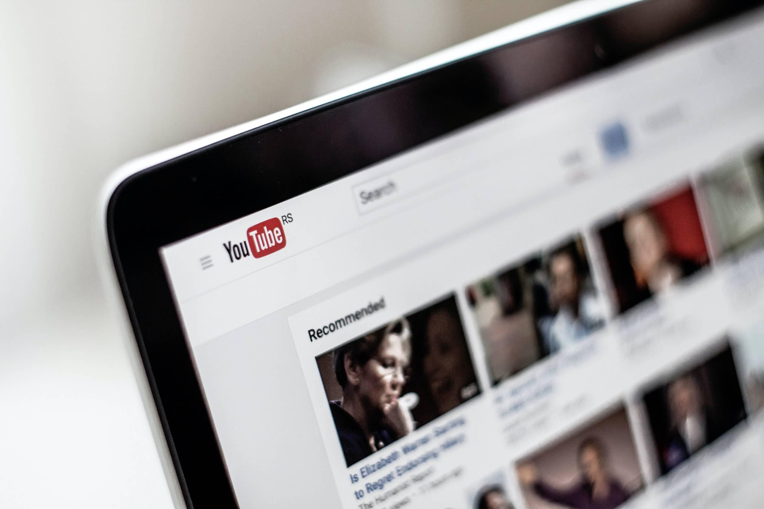 Jak szybko zdobyć wyświetlenia na YouTube?